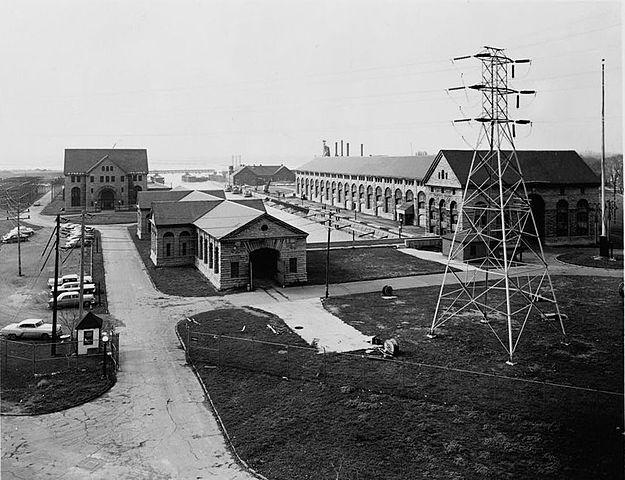 Elektrownia wodna przy wodospadzie Niagara. Zdjęcie z 1941 roku